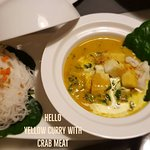 Yellow Curry with Crab Meat serve with noodle