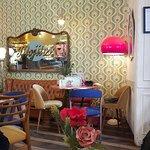 Foto de Lolina Vintage Cafe