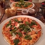 Photo de Elia Restaurant & Lounge