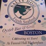 Salty Dog Seafood Grille & Barの写真