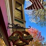 Carmel Bakeryの写真