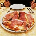 Фотография Ristorante Pizzeria La Famiglia