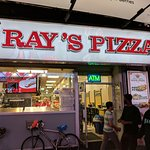 صورة فوتوغرافية لـ Ray's Real Pizza