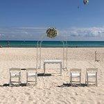 Beach - Hotel Riu Yucatan Photo