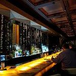 Foto de Lola Bistro & Wine Bar