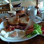 Salween River Restaurant Foto