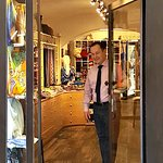 Ricardo è felice di accogliervi nel nostro punto vendita di Borgo dei Greci.  Vi aspettiamo a Firenze!!