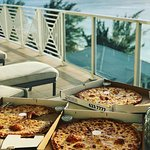 Gino's Pizzeria Picture