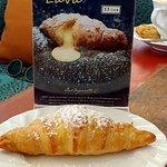 Фотография La Baguette French Bakery