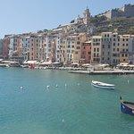 صورة فوتوغرافية لـ Cruises on the Road in Tuscany