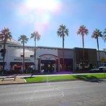 Foto de El Paseo Shopping District