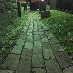 صورة فوتوغرافية لـ Edgar Allan Poe's Grave Site and Memorial