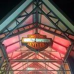 Foto di Deeley Motorcycle Exhibition