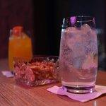 Bar Adee의 사진