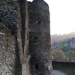 صورة فوتوغرافية لـ Chateau Feodal