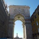 Foto de Mirante Belvedere, do Arco da Rua Augusta