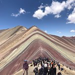 "Lugar impresionante para visitar!!🇵🇪              ""Montaña de colores"""