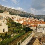旧市街の城壁の写真