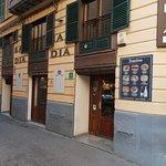 ภาพถ่ายของ Bar Dia