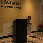 Foto Gusto Restaurant