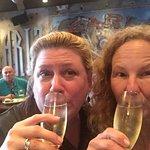 Pearlz Oyster Barの写真