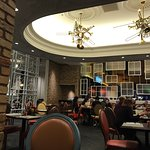 Copper Whisk Café Foto