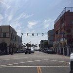 Photo de Bank of Venice