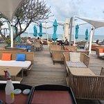 Coast Beach Club & Bistro Foto