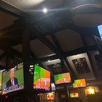 Bokamper's Sports Bar & Grill Foto