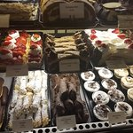 Astoria Pastry Shopの写真