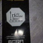 Foto di Cafe Divine Street