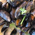 Foto de Malibu Seafood Fresh Fish Market and Patio Cafe