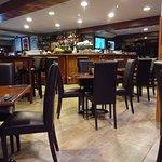 Surfside Bar & Grillの写真