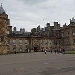 Фотография Palace of Holyroodhouse