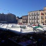 Fera 'o Luni - Mercato di piazza Carlo Alberto fényképe