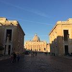 Φωτογραφία: St. Peter's Square (Piazza San Pietro)