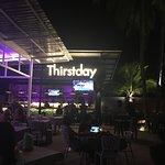 Foto van Thirstday Bar And Restaurant