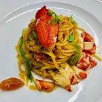 """Spaghetto """"trafilato in oro Verrigni"""" astice e carciofi"""