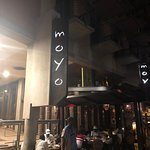 moyo Melrose Archの写真