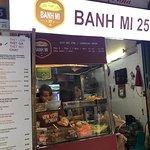Banh Mi 25의 사진