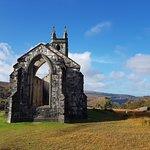 Foto di Old Church Dunlewey
