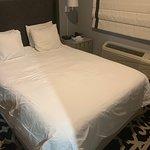 Le Bon Hotel: Travesseiro com tamanho de almofada
