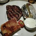 Foto de Steak- und Pfannkuchenhaus Zum Alten Salzspeicher
