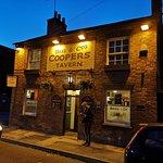 Coopers Tavern resmi