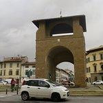 プラート門