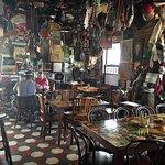 Photo de Charlie's Bar & Restaurant