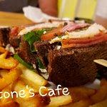 Blackstone's Cafe resmi