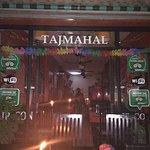 Foto de Taj Mahal Restaurant