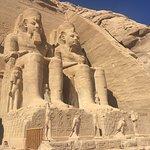 アブ・シンベル神殿の写真