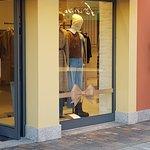Serravalle Designer Outlet Foto